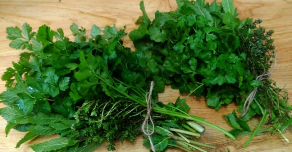 Salad-Ways-Hooray-for-Herbs